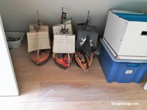 Huisjethuisje-zolder-kast-playmobil-boten
